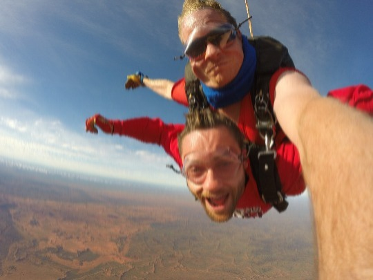 Fly up to skydive altitude passing right by Uluru (Ayers Rock) with views of Kata Tjuta (the Olgas), Mt. Connor and Lake Amadeus. 